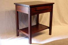 bedroom-robinson-bedside-table-pasadena_1