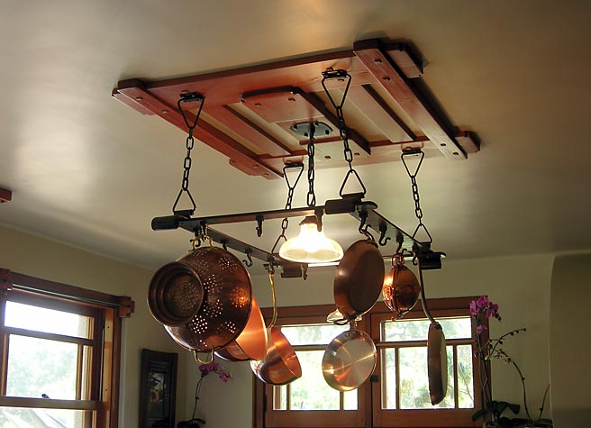 Robinson Kitchen Potrack and Light
