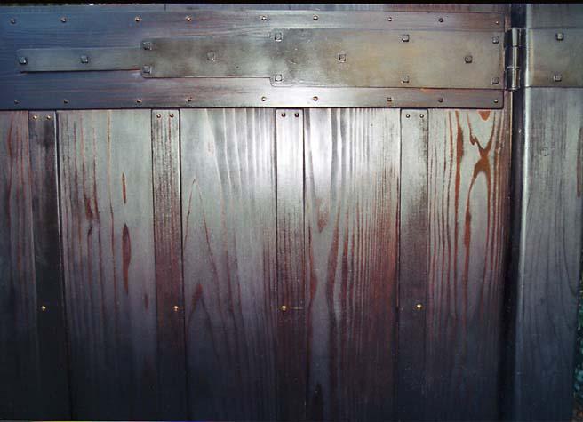 metal-robinson-gate_1