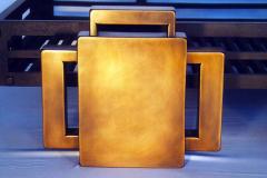 metal-robinson-andiron_1