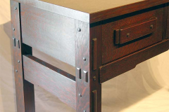 Robinson Desk Detail