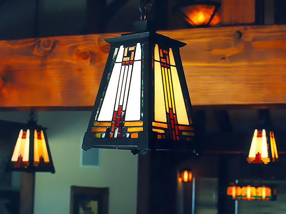 TUOLUMNE KITCHEN FIXTURE