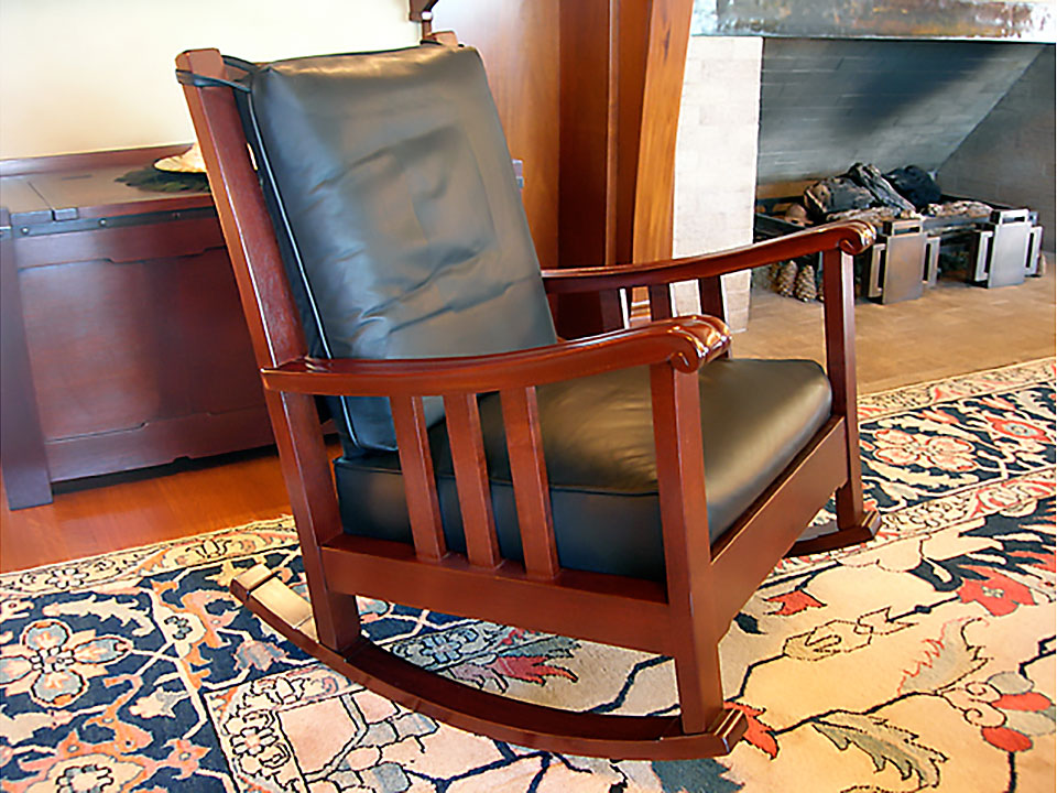 ROBINSON ROCKING CHAIR