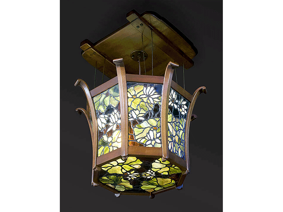 BLACKER LIVING ROOM LANTERN